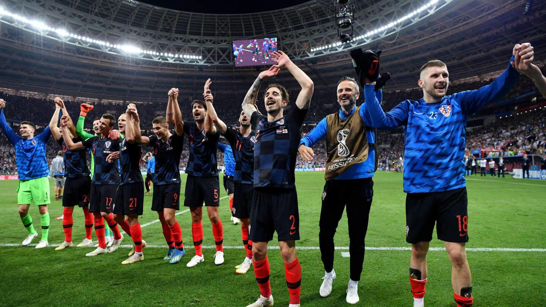 क्रोएसियाले रच्यो इतिहास, इंग्ल्यान्ड २–१ ले पराजित