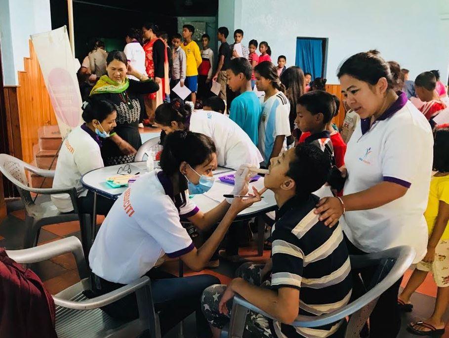 एसओएस प्रांगणमा पुगेर नेपाल मेडिसिटीले मनायो बाल दिवस