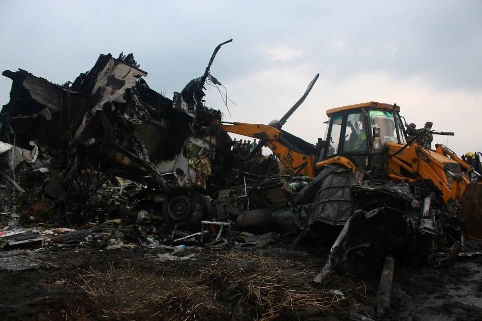 विमान दुर्घटनामा मृत्यु हुनेको संख्या ४९ पुग्यो, २२ जना घाइते