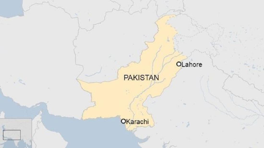 एक सय यात्रु बोकेको विमान पाकिस्तानको कराचीमा दुर्घटना