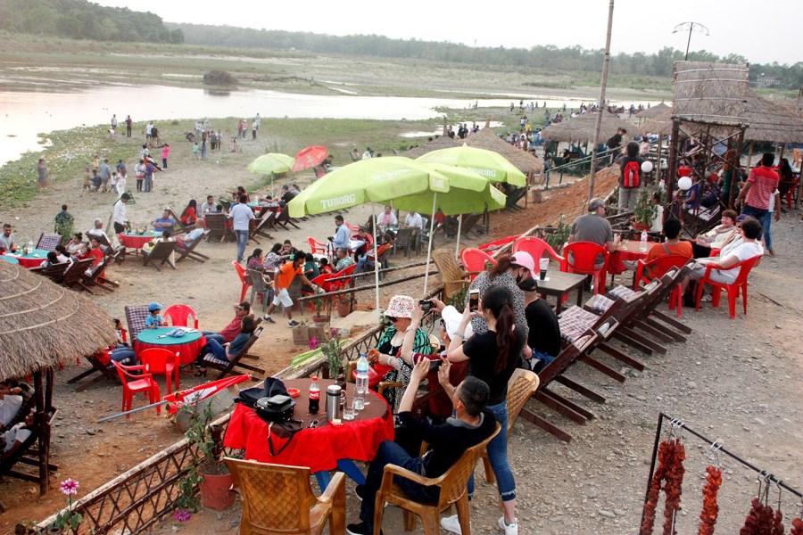 नयाँ वर्षमा दोब्बर पर्यटक