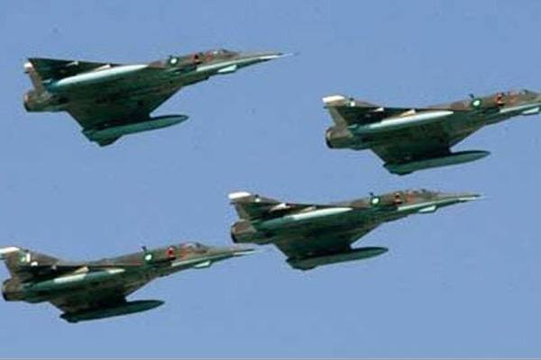 यमन सैन्य शिविरमा मानवरहित विमान आक्रमण